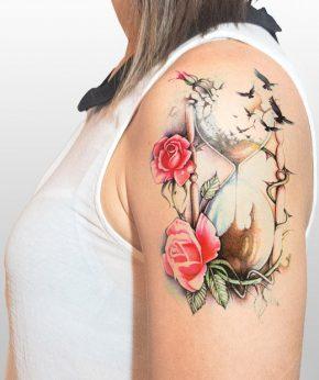tatuaje temporal arena rosas modelo feel tattoo