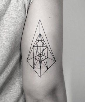 tatuaje temporal centro geometrico modelo feel tattoo