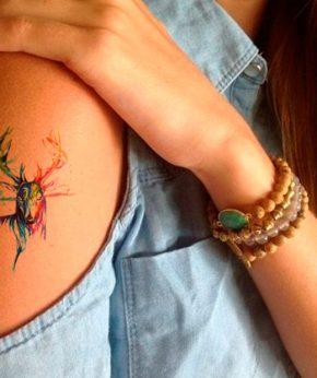 tatuaje temporal ciervo acuarela modelo feel tattoo