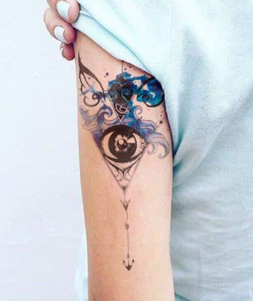 tatuaje temporal ojo poseidon modelo feel tattoo