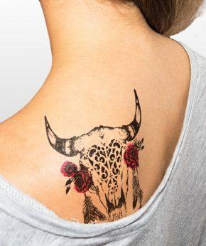 tatuaje temporal toro flores modelo feel tattoo